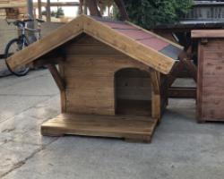 Elő-tetős kutyaház